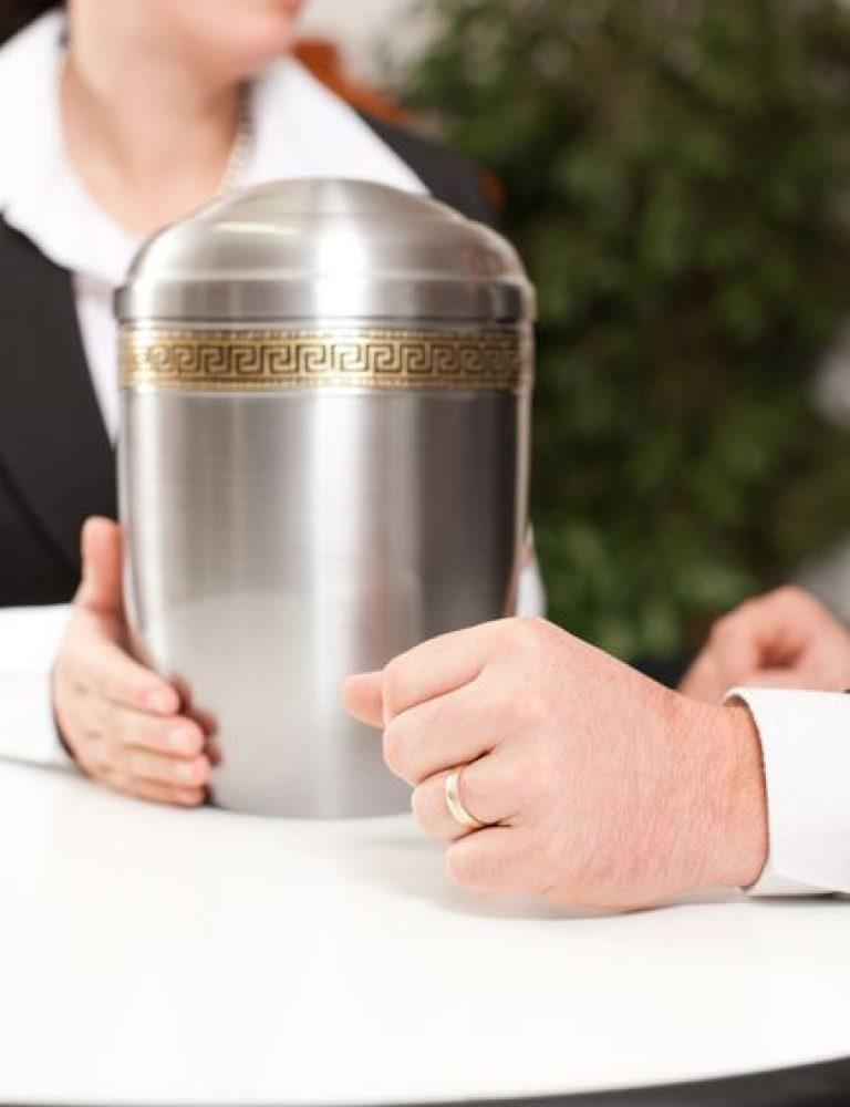 Choosing an Urn